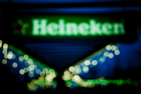 No last orders for brand Heineken: sitting pretty atop the Facebook tree with 10.542m fans as of December 31